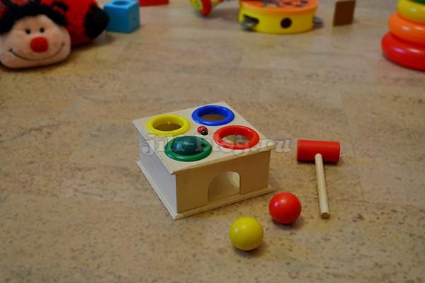 Развивающие игры и занятия для детей от 1 года до 1 года 3 месяцев (подробный план — конспект) Stuchalka_J.jpg