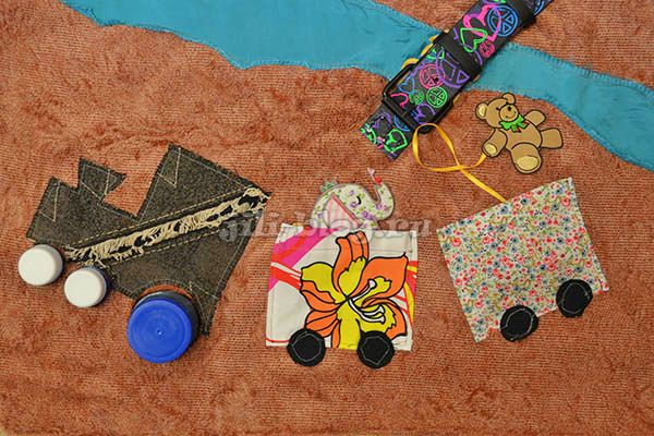 Развивающий коврик с кармашками