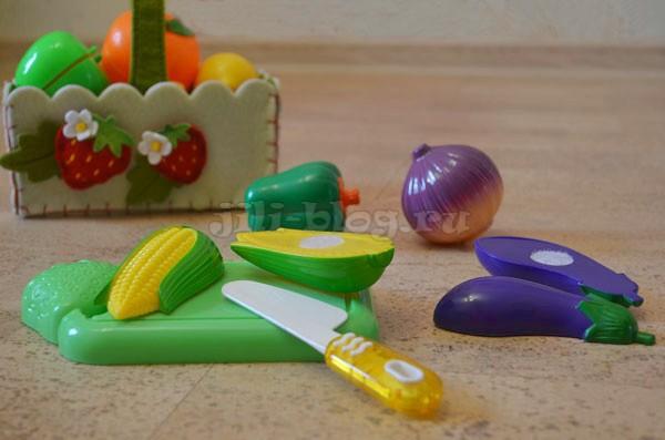 Учимся разрезать овощи
