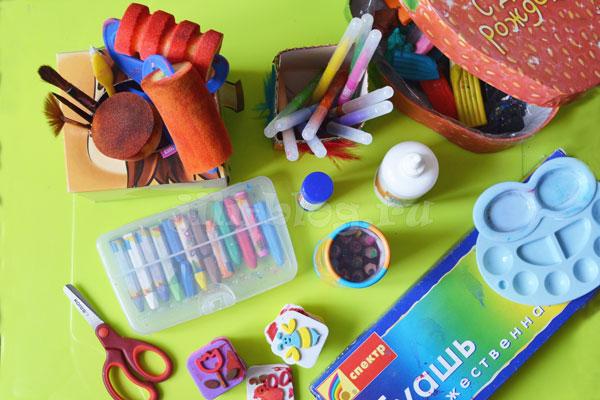 Творческий уголок для малыша