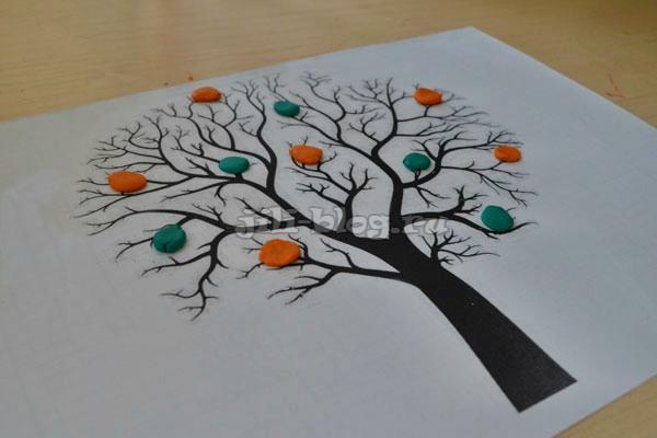Поделка Дерево с листочками