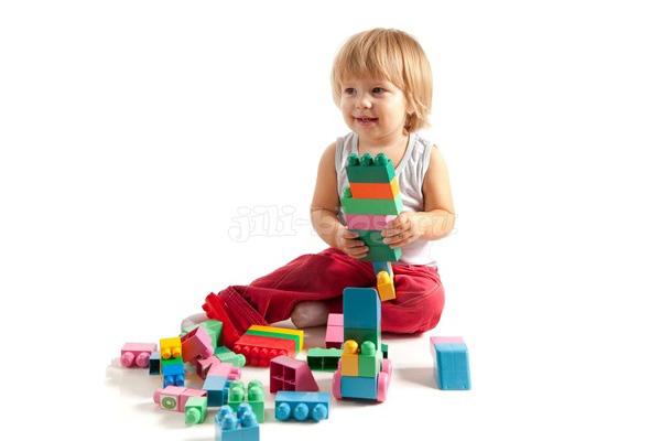 Развивающие игры для детей от 1,5 лет