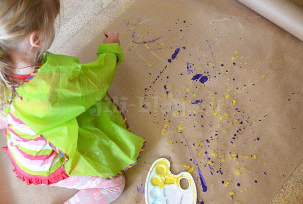 Рисование с детьми. Брызги кисточкой