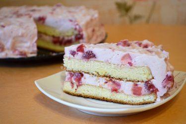 Клубничный торт со сливочным сыром Рецепт