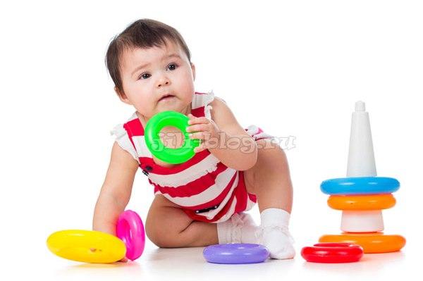 Развивающие игры с ребенком 9 месяцев