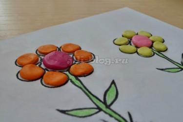 Поделка из пластилина Цветок
