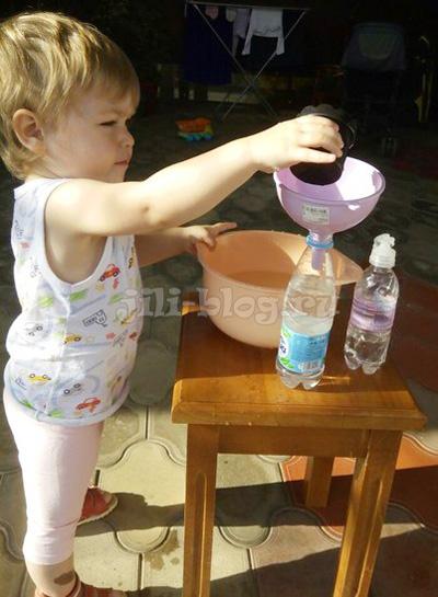 Переливаем воду