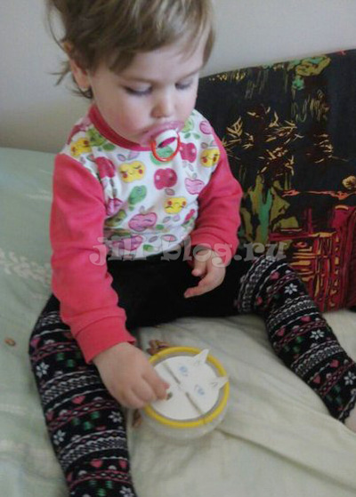 Игра Кормим киску фасолью
