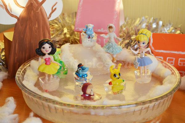 Игра для детей Каток из льда дома