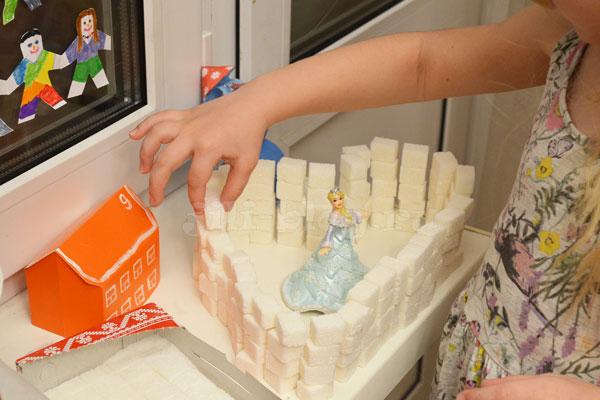 Строим замок из сахара рафинада