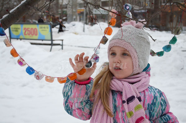 Ледяная гирлянда своими руками